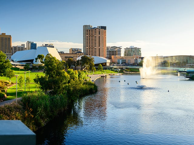 Book your flight to Adelaide with eDreams