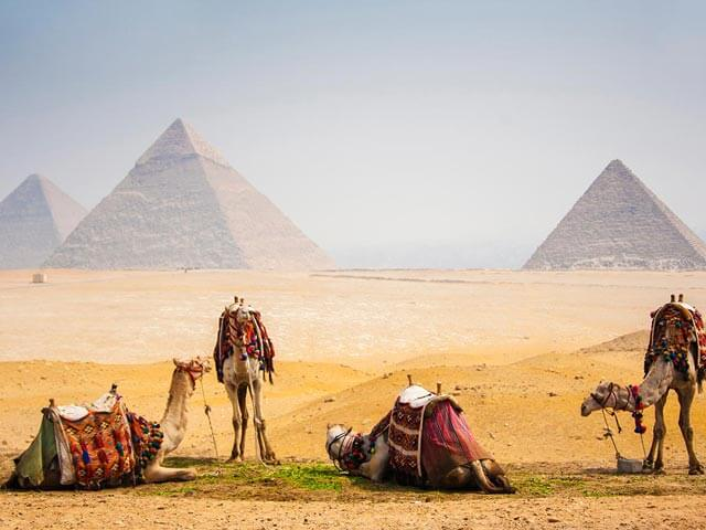 Book your flight to Cairo with eDreams
